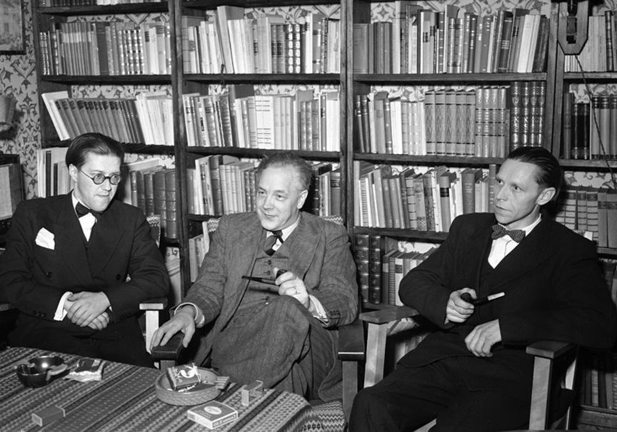 Jan-Magnus Bruheim saman med andre forfattarar